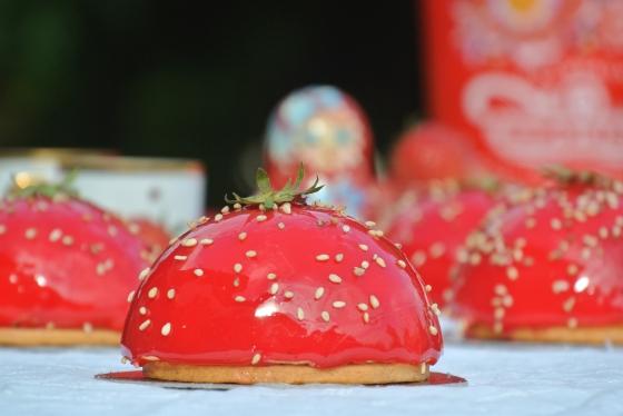 Recette Dôme Chocolat Blanc, insert compotée fraise rhubarbe
